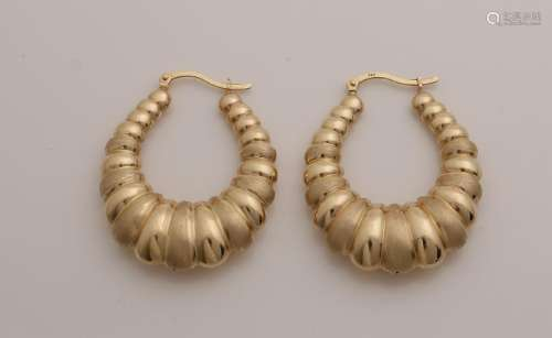 Large yellow gold earrings, 585/000, with mat / poly
