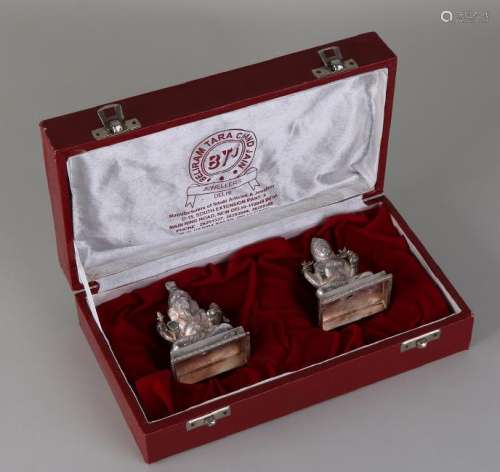 Cassette with 2 holy Indian figures from silver, BWG,