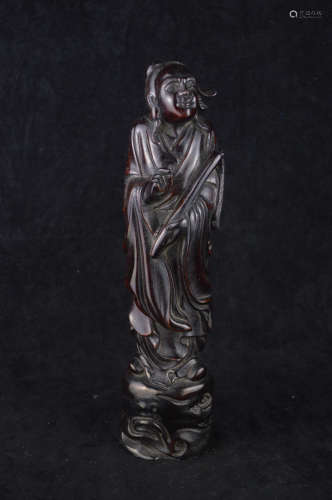 A TAOIST HAN IMMORTAL SHAPED WOOD CARVING