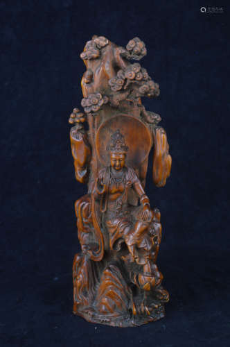 A HUANGYANG WOOD CARVED GUANYIN STATUE