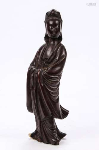 CARVED ROSEWOOD FIGURINE OF QUAN YIN