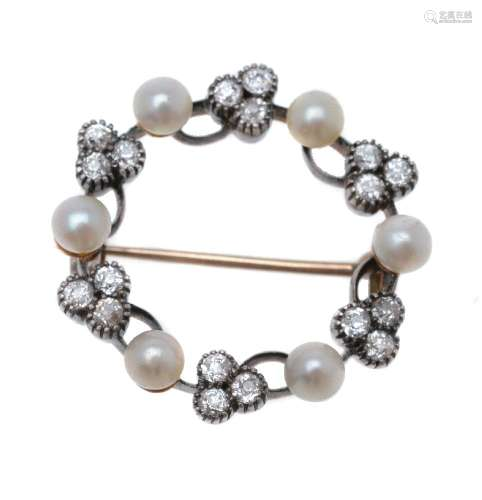 A late Victorian diamond and pearl hoop brooch