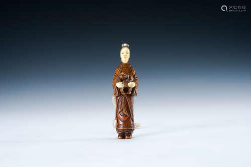 黃楊木雕仕女立像