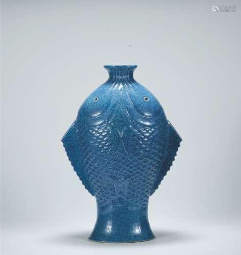 清代 炉钧釉鱼型瓶