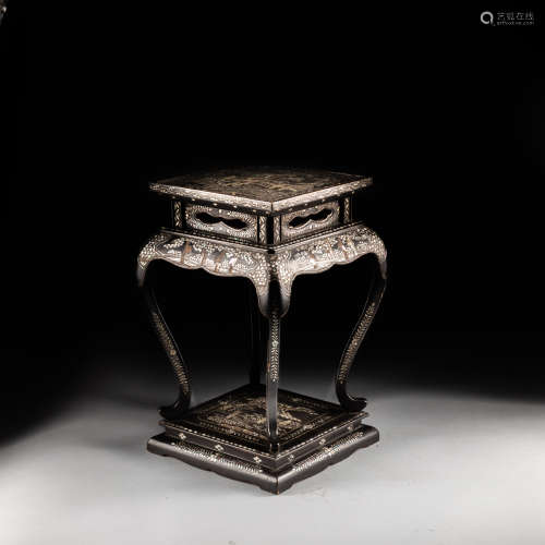 18th Antique Wood Stand