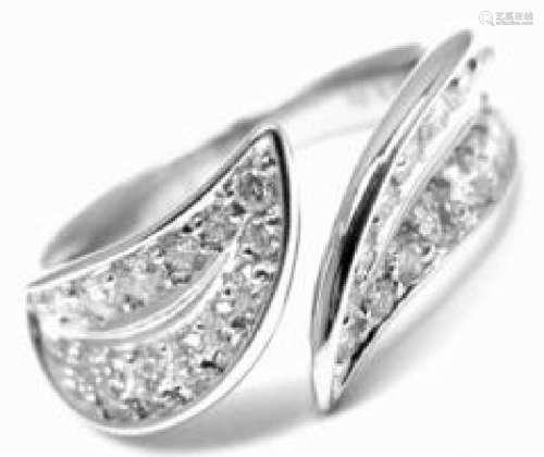 Van Cleef & Arpels 18k White Gold Diamond Band Ring
