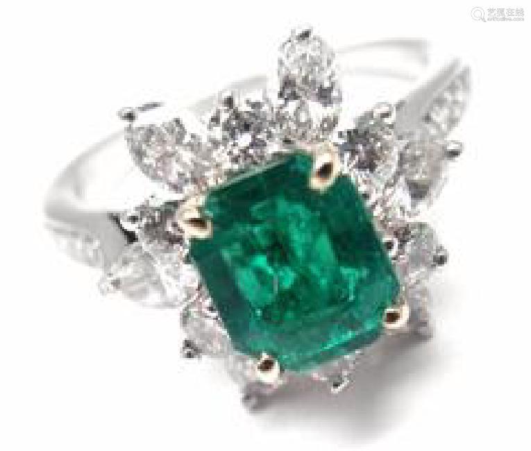 Vintage Tiffany & Co Irid Platinum Diamond Emerald