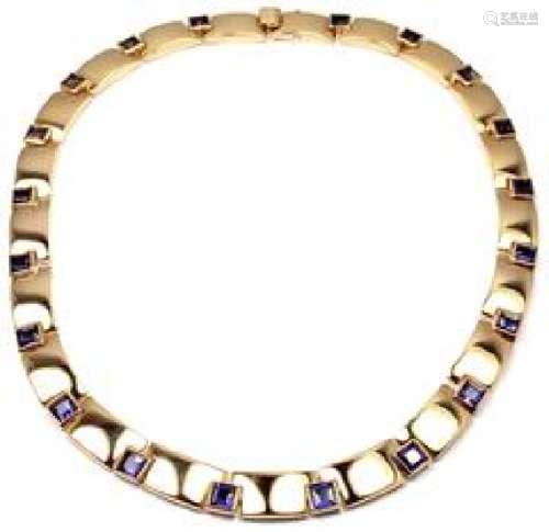 Chaumet Paris 18k Yellow Gold Iolite Necklace