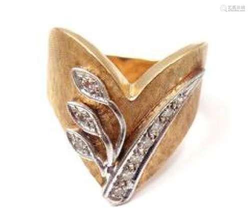 Vintage 14k Yellow Gold 0.15ctw Diamond Ring