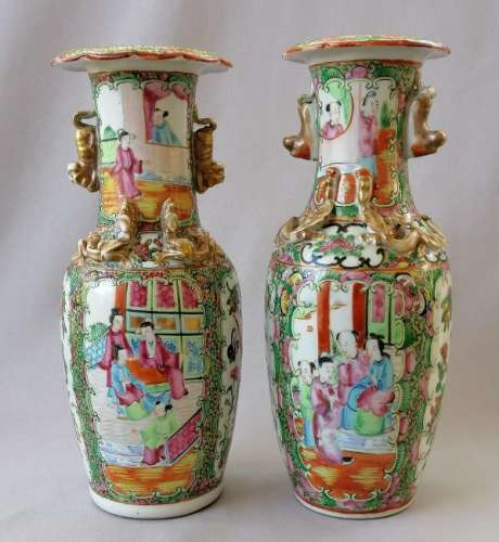 TWO CHINESE QING DYNASTY ROSE MEDALLION VASES