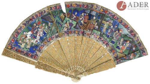CHINE, Canton - XIXe siècle Éventail, encre et couleur sur papier, à décor de lettrés et de femmes