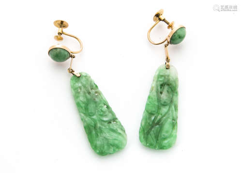 A pair of late 19th Century Chinese jade and gold panel drop earrings, carved with gourd and leaf