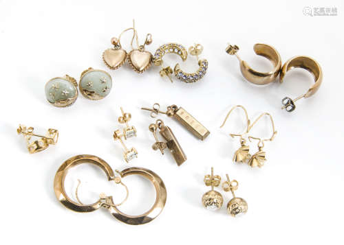 A collection of gold gem set and hoop earrings and studs, total weight 18g
