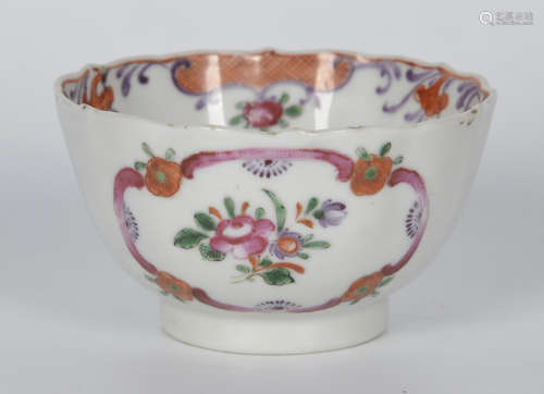 清 粉彩花卉茶杯
