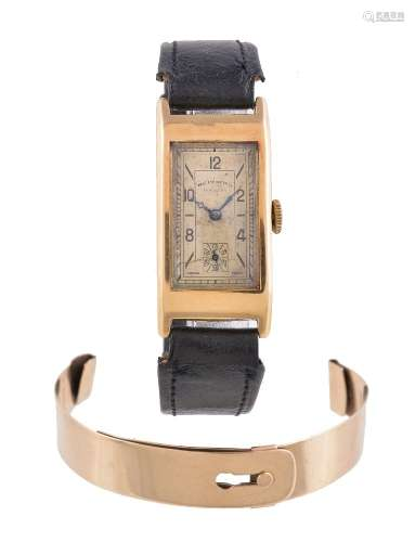 West End Watch Co., Gold coloured wrist watch