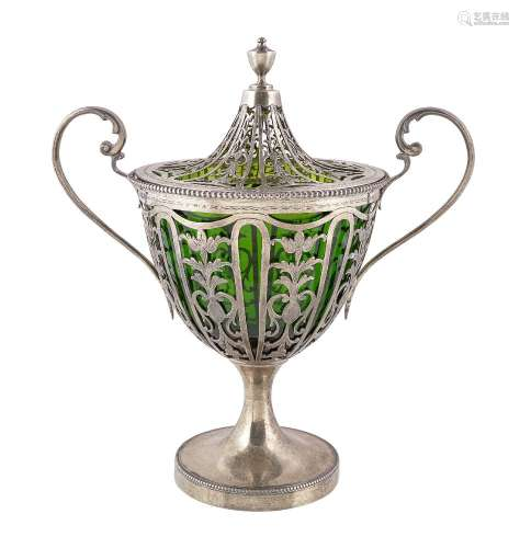 An Edwardian silver gilt sugar vase and cover