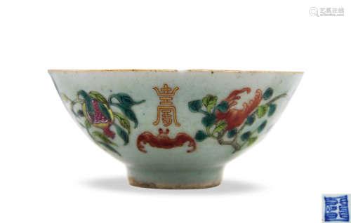 清 豆青釉粉彩福寿纹碗