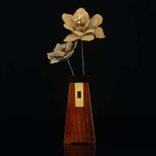 经典款红木花器