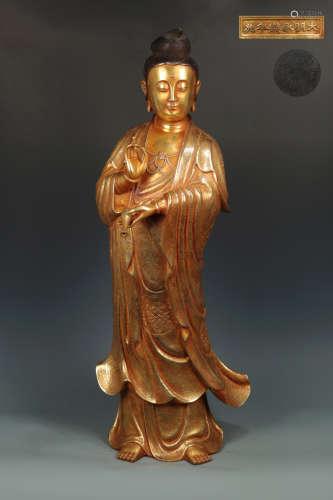 14-16TH CENTURY, A GUAN YIN DESIGN GILT BRONZE ORNAMENT, MING DYNASTY