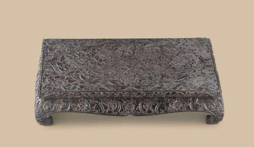 元代(1279-1368) 剔黑开光凤凰牡丹纹长方台