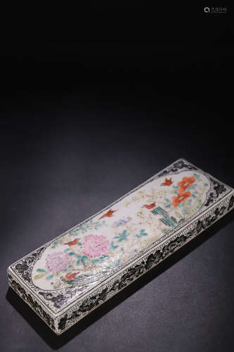 17-19TH CENTURY,  A FLORAL&BIRD PATTERN FAMILLI ROSE PAPERWEIGHT, QING DYNASTY