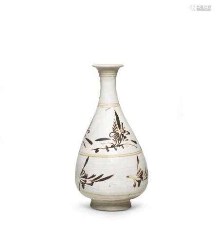 Jin Dynasty  A Cizhou painted 'floral' vase, yuhuchunping