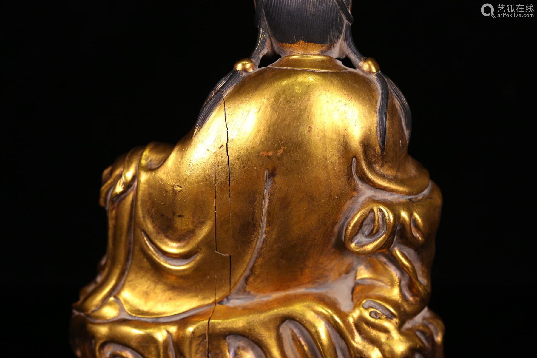 A GILT BRONZE CASTED GUANYIN BUDDHA
