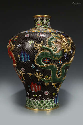 A CLOISONNE TRIPLE DRAGON MEIPING