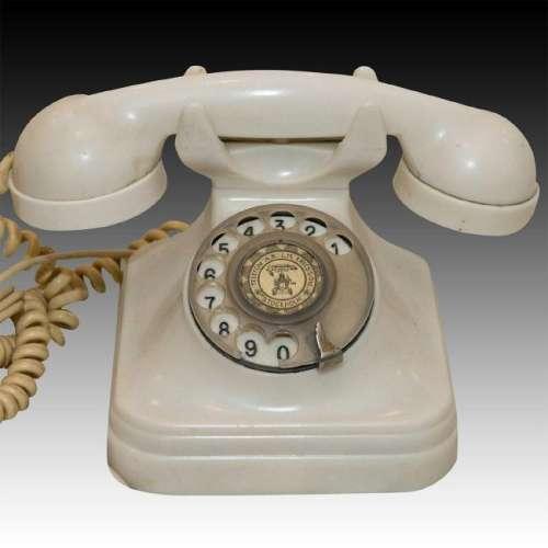ERICSSON ROTARY WHITE BAKELITE TELEPHONE, CA. 1930