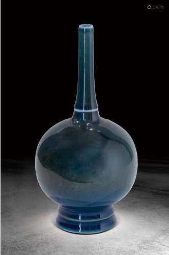 清  藍釉長頸瓶