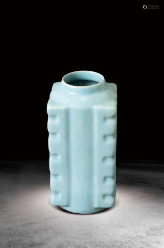 宋  天藍釉琮形瓶