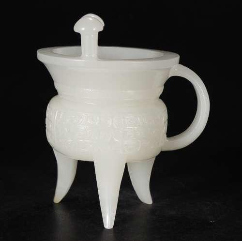 WHITE HETIAN JADE JUE CUP