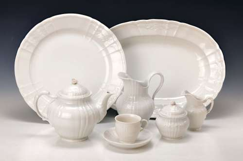 94 parts of a coffee- and Dinner set