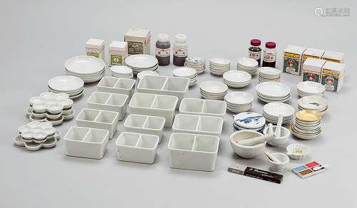 绘画瓷盘、碟、碗 (一组)