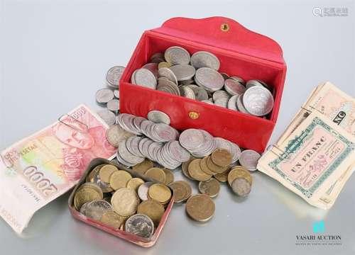 Lot de pièces de monnaies française et étangère en…