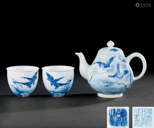 王步 青花花鸟纹茶壶 茶杯 (三件一组)