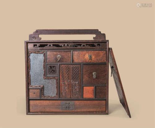 红木嵌玛瑙环钮提箱