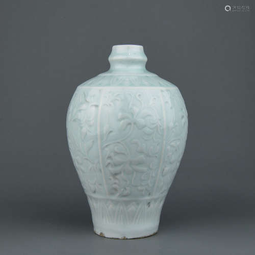 A Chinese Hutian Porcelain Vase
